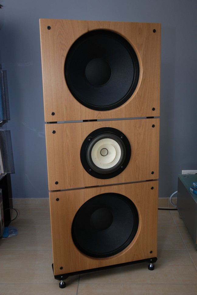 OB Trio15-Voxativ-Open-Baffle-Speakers-by-PureAudioProject-TNT-Audio-Review.jpg
